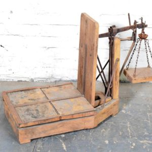 Vintage Primitive Scale